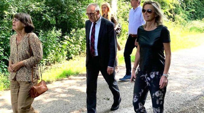 Bezoek minister Ollongren aan Tjuchem en Steendam